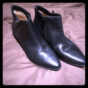Boot black size 6 new leather
